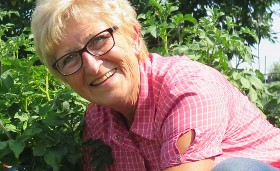 Gartenmoni - eine bekannte Gärtnerin mit einem eigenen YouTube Kanal